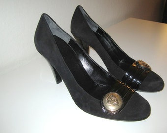 Gucci Pumps - Black Suede and Patent Leather Heels Shoes - US Size 7.5 B