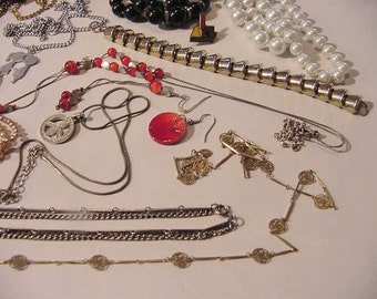 Junk Jewelry Lot pieces components #9 old jewels parts Jeweler's craft supply old and vintage salvage metal faux pearls etc.