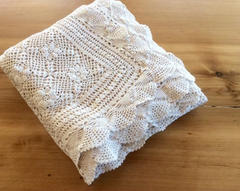 Crocheted Lace Tablecloth, Vintage Large Rectangular Off White Crochet Bedspread, Scalloped Edge. Handmade White Cotton Lace Bohemian Decor.