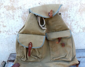 Vintage Antique 1930 French khaki canvas backpack