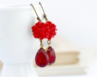 Vintage Style Red Dangle Earrings - Red Flowers - Red Jewel Earrings - Vintage Jewels - Vibrant Red Jewelry - Brass Jewel Earrings