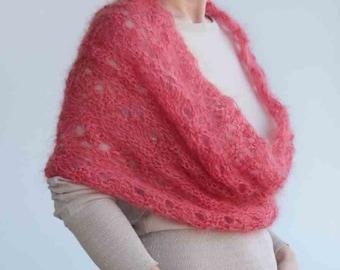 Free shipping, Redish circle SCARF, wrap---warm original accessory, hand knitting, ready to ship