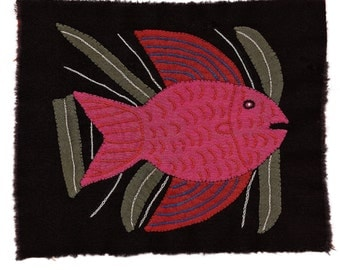 Outstanding Fish Mola/Molita - Awesome  Hand Sewn Kuna Indian Applique