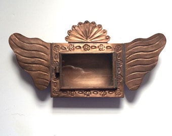 Tin Nicho #26 With Wings  and  Fan Top