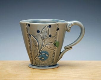 Deluxe clover cup in Ocean gloss w. Floral and Navy Pinstripes & Polka dots, Victorian mod