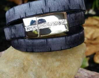 Leather Wrap Bracelet Black 10mm Flat Bark Leather Triple Wrap Cuff Bracelet with Magnetic Clasp