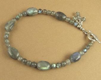 Labradorite bracelet. Dangles. Blue green. Fire. Sterling silver 925.