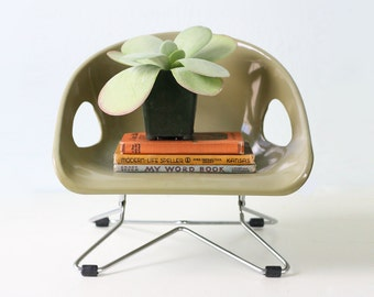 Vintage Booster Seat, Retro Avocado Green