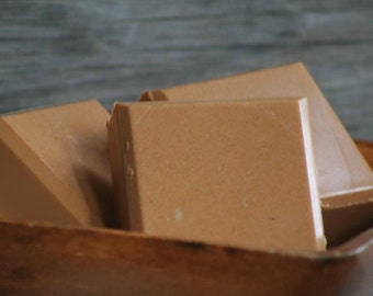 Ginger Peach Shaving Soap with Clay, Honey and Goat's Milk