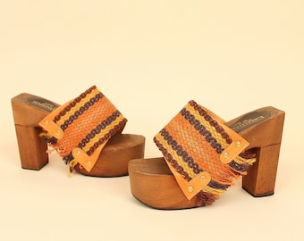 ViNtAgE 70's Platform Wood Sandals Leather Fringe Grommet Shoes Chunky Heels Woven Hippie Bohemian Boho Made in Italy Italian 7