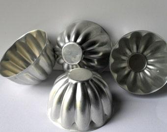 4 Mini Aluminum Bundt Pan Molds