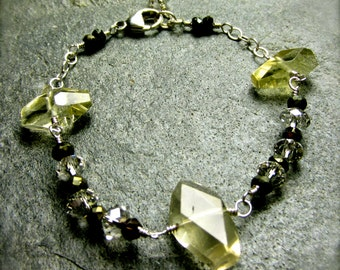 Lemon Quartz Nugget Bracelet | Beaded Stacking Bracelet | Swarovski Bracelet | Layering Wire Wrapped Bracelet