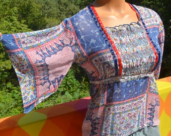 vintage 60s blouse hippie FLORAL pattern psychedelic boho sheer shirt women's Small 70s