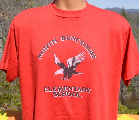 Vintage 80s t shirt blackhawks north buncombe school tee large for Vintage blackhawks t shirt