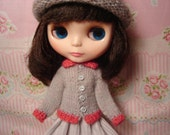 Blythe Gray and Coral Sweater and Socks for Pullip and vintage Skipper Too