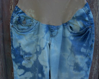 Size M Maternity Bleach Tie Dyed Distressed Capri Jeans 42 hip