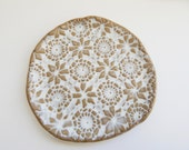 Lace Tapas Plate - candle dish- Dessert Plate - Serving plate - spoon rest- wedding Gift - Lace pottery-  Cupcake plate -food prep-one plate