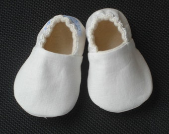 White Linen Baby Shoes, Gender neutral, Soft Sole baby Shoes, Crib Shoes,Baptism Baby Shoes
