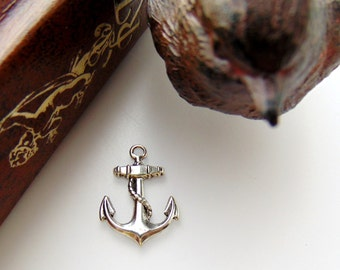 ANTIQUE SILVER (7 Pieces) Nautical ANCHOR Charms - Stamping - Findings (H)