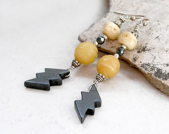 Lightening Bolt Earrings Vintage Native American Carved Hematite Sterling Silver Ethnic Tribal Beaded Jewelry