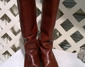 LL BEAN Knee Boots, 1970s side zipper Fuzzy lined Boots, Made for Cold Winters, ladies sz 7  variable