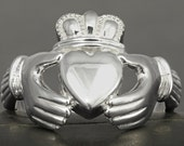 Large men Claddagh ring in sterling silver