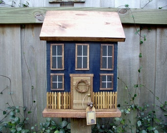 Country Folk Art Primitive Farmhouse Cottage Birdhouse