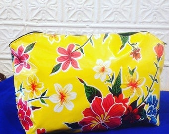 "17"" Oil Cloth Laptop/Portfolio Case, Yellow Floral Computer bag, Vinyl Envelope Clutch Bag"