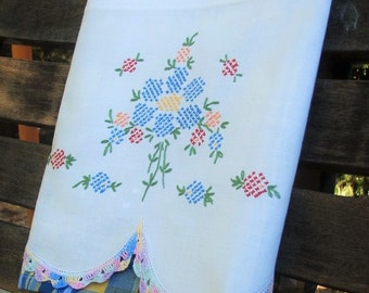 Recycled Vintage Linen | Tea Towel | Kitchen Towel | Dish Towel | Cotton Hand Towel | Vintage Embroidery | Country Cottage Kitchen Decor