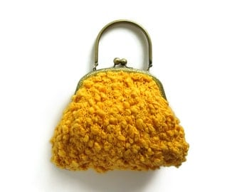 SALE - Clasp Purse Hand Knit in Yellow Cotton - Kiss Lock Frame - Top Handles Handbag