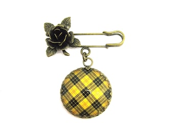 Scottish Tartan Jewelry - Ancient Romance Series - MacLeod of Lewis Clan Tartan Sculpted Rose Fob Brooch