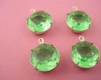 4 Vintage  green Peridot Round Rhinestones silver tone  Prong Settings 14mm 1 Ring open Backs 60ss