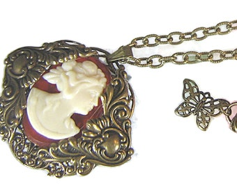 Antiqued Brass Victorian Style Cameo Pendant Necklace / Cameo Necklace / Adjustable Necklace / Pendant Necklace / Filigree Brass