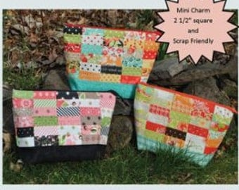 SALE Creatively Yours Zipper Pouch Pattern tote purse bag by Sweet Jane's