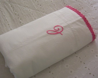 40s vintage pure cotton flat sheet, double full size, candy pink crocheted trim, monogrammed, script pink letter J, thick cotton sheeting