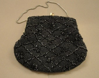 Vintage Hand Made in Hong Kong fully beaded black evening purse with short chain handle and top kiss style clasp, 6.5 by 5.5 size