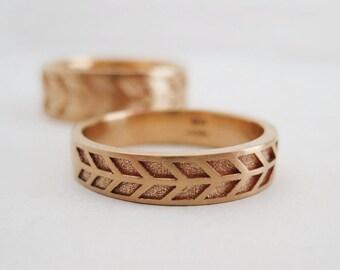 4mm Arrow Wedding Band | Women's Rose Gold Wedding Band | Rose Gold Chevron Wedding Ring | Eco friendly Wedding Ring
