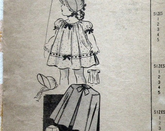 Baby Girls Dress Pattern Easter Dress With Cape Sun Bonnet And Bloomers circa 1940s Sz 1