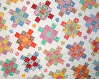 GRANNY SQUARES Vintage Quilt from Quilts by Elena