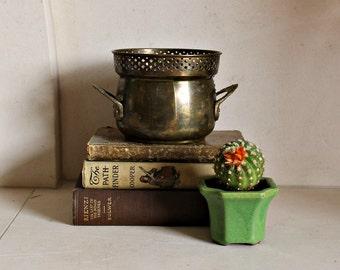 Brass pot planter pierced flower detail handles