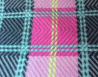 Fleece Pink/Gray Plaid Blanket