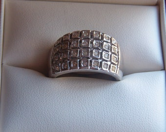 Ring, Fashion Ring, Custume Jewelry, CZ and Silver Plated Ring, Cocktail Ring, Silver and Rhinestone Ring