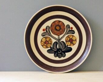 Denby Mayflower. Vintage 1970s stoneware salad plate.