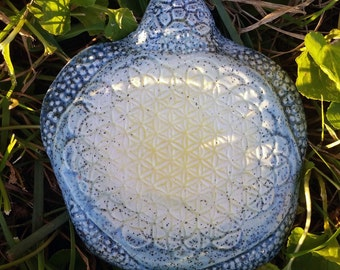 Tilly The Flower Of Life Sea Turtle Crystal Grid