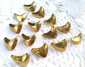 14 Gold Wing Shaped Vintage Buttons