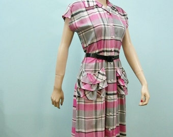 Vintage 40s 50s Dress . Pink Plaid Dress with Layered Ruffle Pockets. M