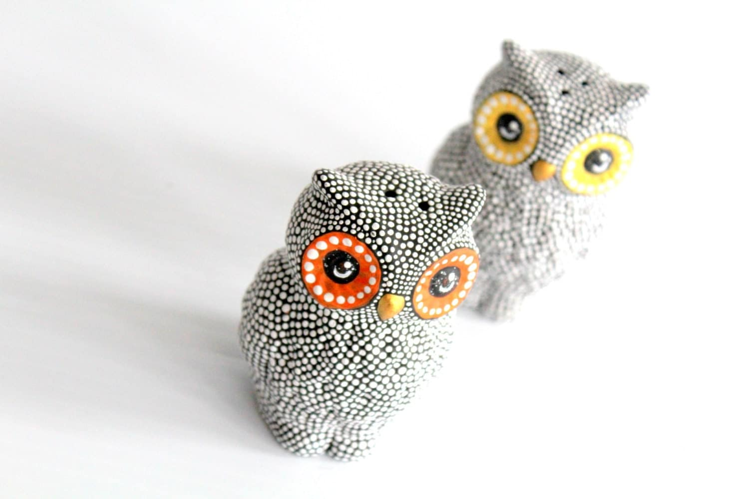 Hand painted owls salt and pepper shakers black and white owls - Owl salt and pepper grinders ...