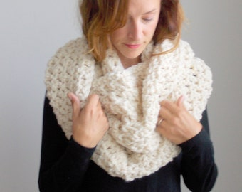 Infinity Scarf ~ chunky loop scarf ~ circle scarf ~ wool blend ~ style #1009 shown in Fisherman~ choose your own color