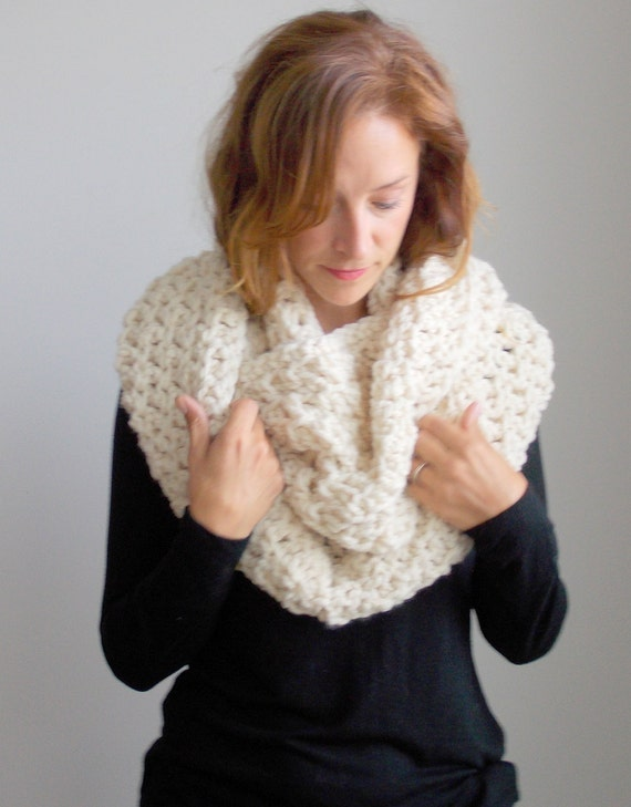 Chunky Infinity Scarf | style #1009