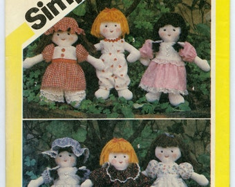 Simplicity 5785 Mini Doll and Wardrobe - One Size, 1982
